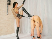 femdom-boots-05