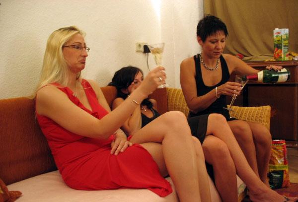 callgirl berlin cfnm party