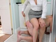 femdom-spanking-05
